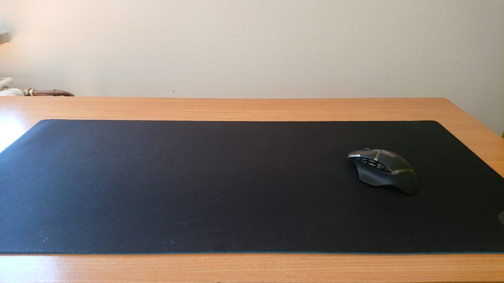 Logitech G602 and Logitech Mousepad